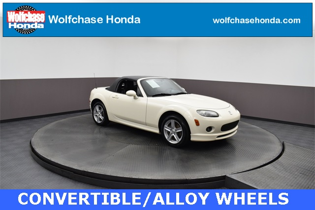 Pre-Owned 2006 Mazda Miata Base